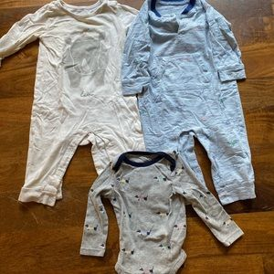 Gap and Rylee and Cru Boys' bundle 12-18months